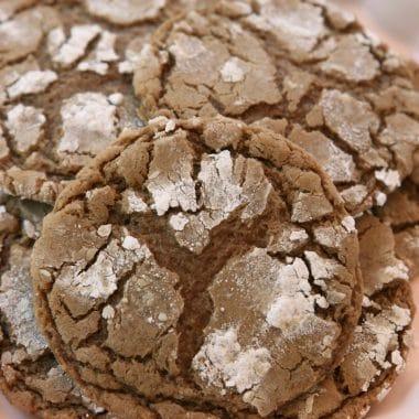 How to make Cinnamon Chocolate Crinkle Cookies