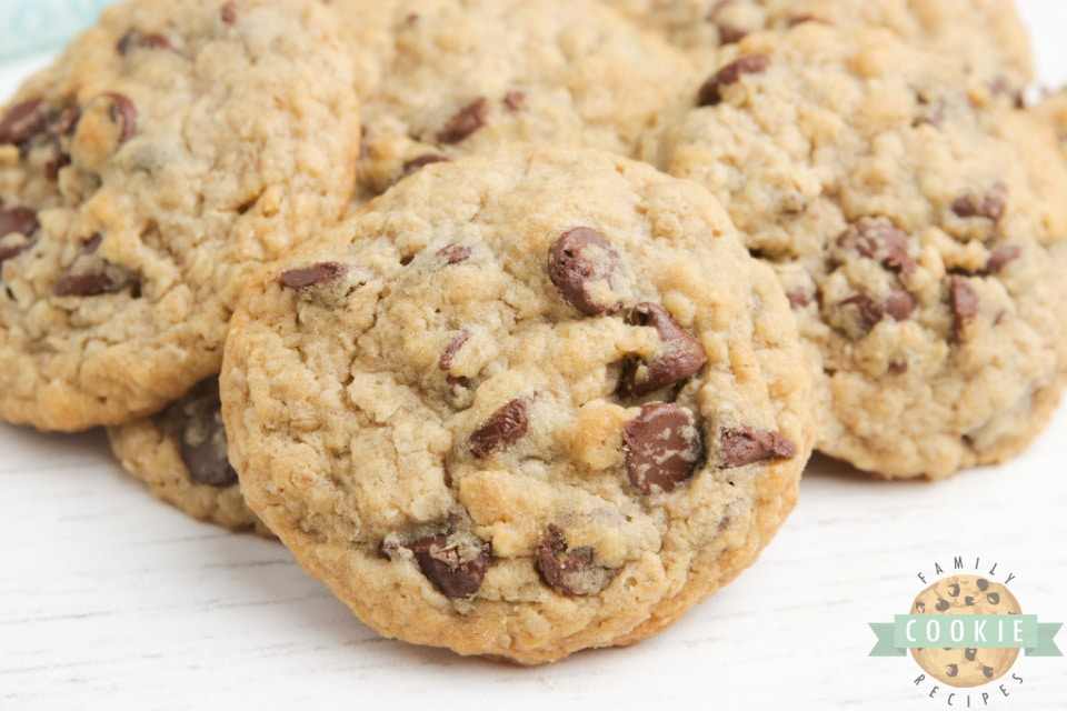 Oatmeal chocolate chip cookies without eggs