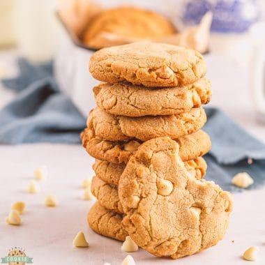 crunchy cinnamon white chocolate chip cookies